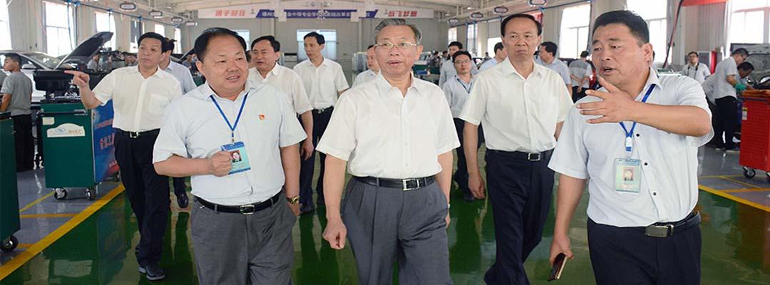 省委书记刘家义到学校调研